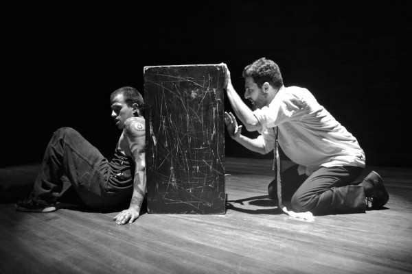Sábados, Teatro La Capilla, consulte cartelera.