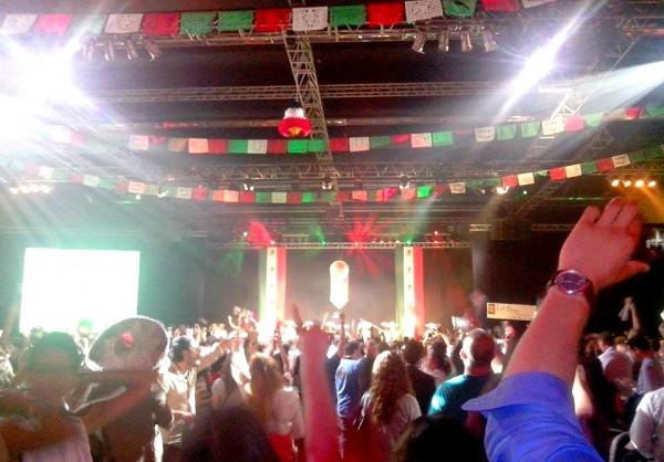 dia independencia - paris mexico retouchée