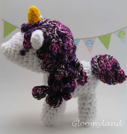 Unicornio by Gloomyland