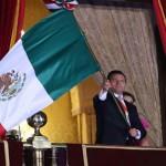 El segundo grito de Independencia de Peña Nieto: de acarreos, manoseos y rechiflas
